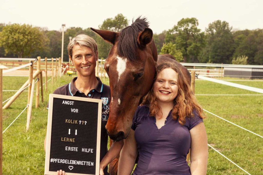 Erste Hilfe am Pferd zeigen dir Ellen und Julia